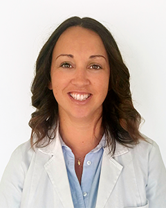 manuela_escghfeller_dental_center_human_1.png